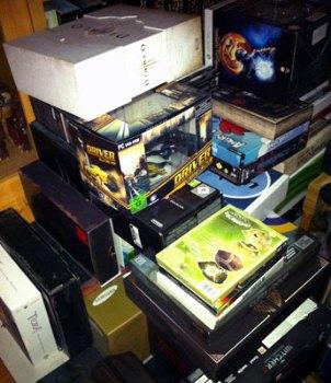 Foto des Boxenstapels im Zimmer des Webmasters
