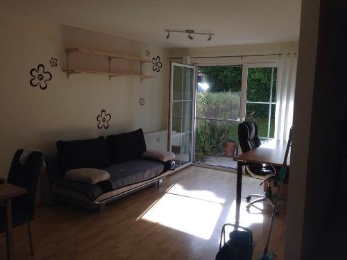 Foto des Wohn- und Arbeitsbereichs in Christophs neuer Wohnung